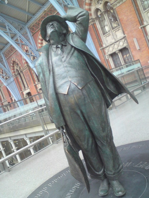 Statue of John Betjeman at St Pancras Station