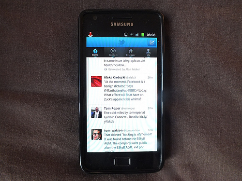 Twitter on a Samsung Galaxy smartphone
